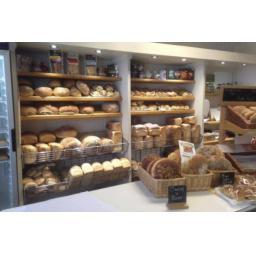 queens-bakery-600x400.jpg